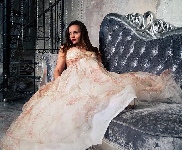 Top cele mai apreciate magazine cu rochii de seară, de ocazie şi elegante